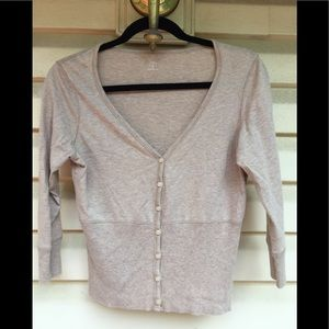 Gap V-neck tan sweater size Medium